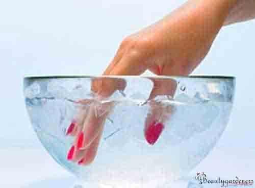 home remedy to dry nails fast