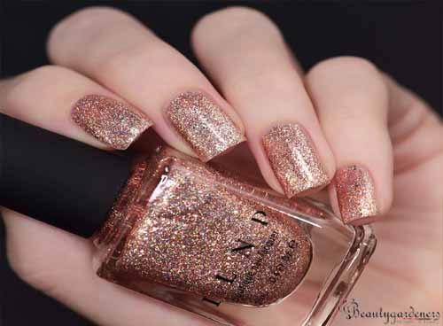 nail polish glitter design